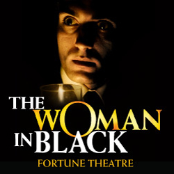The Woman in Black è uno dei più coinvolgenti e spaventosi show. È mandato in scena nel West End da 25 anni. Prenota ora!