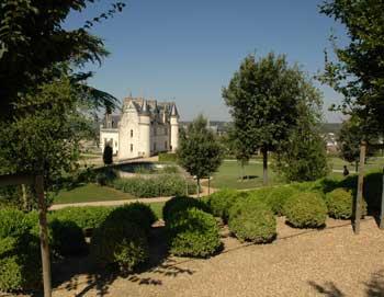 Nyd en tur fra Paris til tre af Loire Valleys mest berømte slotte. Se, hvor Leonardo da Vinci ligger begravet. Hotelafhentning og frokost er inkluderet!