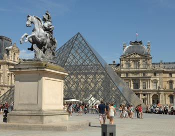 Louvre Museum: Guided tour - 2,5 hours