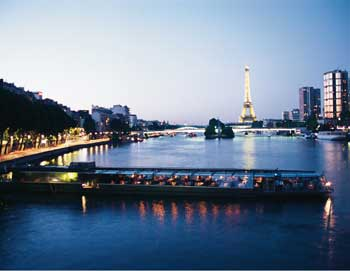 Moulin Rouge & Seine cruise