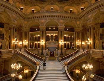 Compra i tuoi biglietti per il tour a piedi dei Tesori Nascosti di Parigi ed esplora il meglio della capitale francese. Acquista i tuoi biglietti qui!