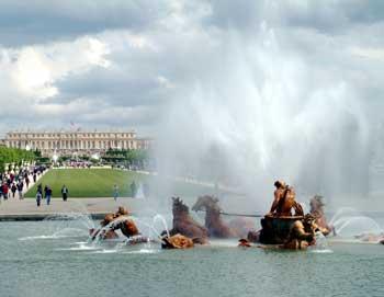 Goditi un tour della reggia di Versailles e visita i giardini! Trasporto da Parigi incluso. Prenota i tuoi biglietti online!