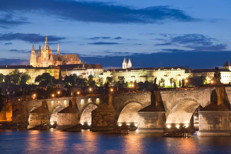 Dîner-Croisière à Prague