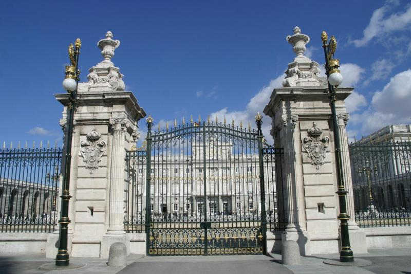 The Royal Palace & Habsburgs Madrid