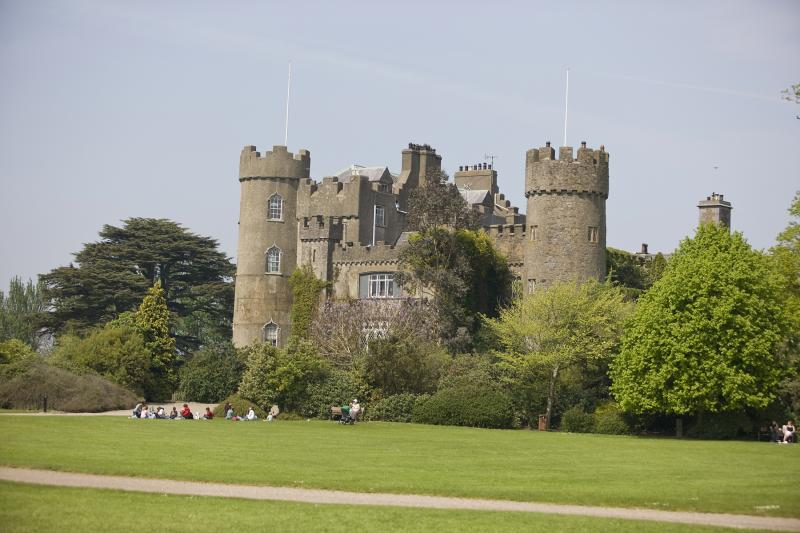 Coastal Tour to Malahide Castle