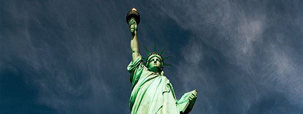 Enjoy our comprehensive Statue of Liberty Tour! Take an early ferry to Liberty Island & avoid the crowds. Get special access to the statue pedestal. Book here!