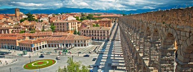 Boka biljett till en heldagstur till de historiska städerna Avila och Segovia! Buss från och till Madrid ingår. Boka din tur med eller utan lunch.