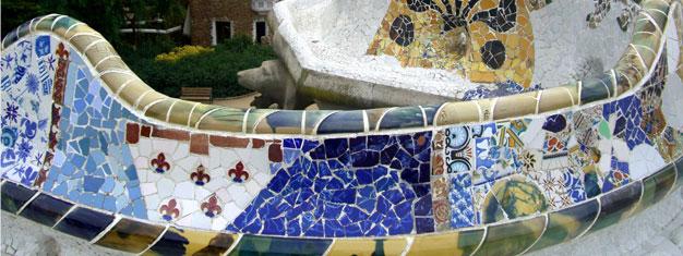 Upplev Gaudis Barcelona! Guidad tur i Sagrada Familia. Se Park Güell och Gaudis flerbostadshus på Passeig de Gràcia. Boka biljetter på nätet!
