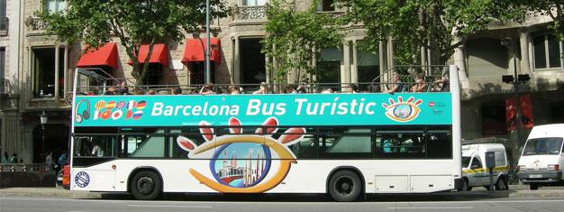 Reserva tu billete del bus Barcelona Hop-On Hop-Off desde casa y prepárate para ver toda Barcelona. Elige entre billetes de 24 o 48 horas!