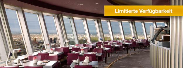 Überspringen Sie die Warteschlange vor dem Berliner Fernsehturm und reservieren Sie einen Tisch am Fenster oder im inneren Ring des Restaurant Sphere! Schnell ausverkauft, Tickets im Voraus buchen!