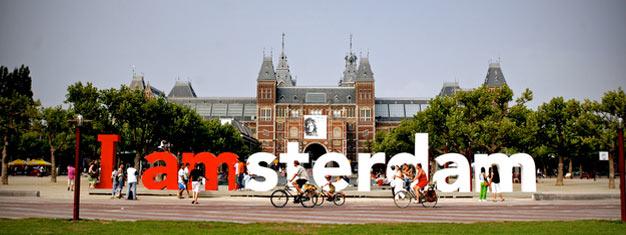 Faites une visite inoubliable de trois heures dans les rues d'Amsterdam et découvrez la ville comme un habitant. Réservez votre visite touristique à vélo ici!