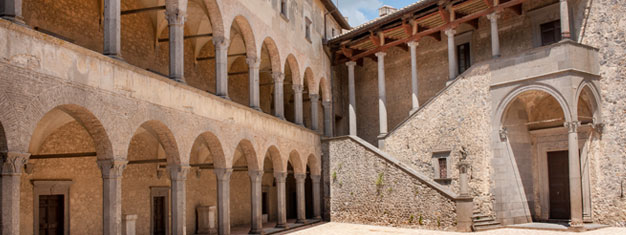 Visit the Medieval castle Odescalchi, explore the charming town Bracciano and enjoy a 3-course lunch with wine. Incl. transportation from Rome. Book now!