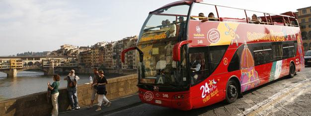 Tutustu Firenzeen Hop-On Hop-Off -bussien kyydissä! Valitse joko 24, 48 tai 72 tunnin lippu ja käytä kolmea linjaa rajattomasti. Osta netistä!