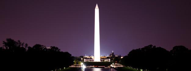 Koe Washington DC:n loisto täydessä iltavalaistuksessa! Ihaile valaistuja muistomerkkejä ja patsaita! Varaa paikkasi netistä!