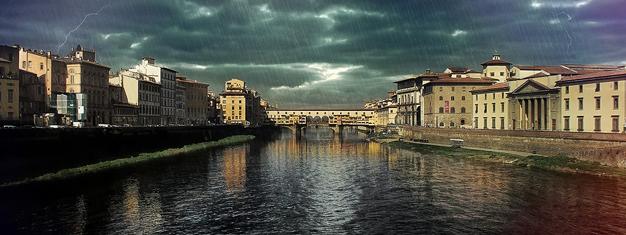 Hjælp med en løse en mordgåde i det gamle Firenze. Det er en spændende 3 timers gåtur. Præmier til vinderne. Bestil dit mordmysteriumstur her!