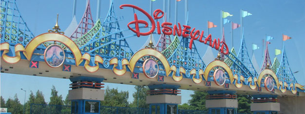 Visit Disneyland Park & Walt Disney Studios Park! Skip the line with prebooked tickets! Incl. transfer to/from Disneyland and Paris. Book online!