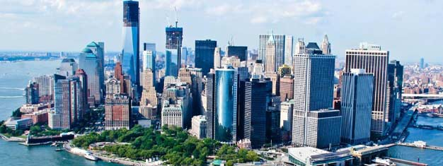 Gniet van de Downtown Tour! 24-uur Hop-on Hop-off Bus & Ferry Tour + toegang tot One World Observatory & 9/11 Tribute Center! Boek uw tour online!