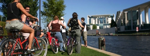 Try a fun E-Bike Tour in Berlin! Visit many of Berlin's popular sights, such as the Brandenburg Gate, Reichstag, Checkpoint Charlie & more. Book online!