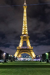 Billet coupe-files : la Tour Eiffel de nuit