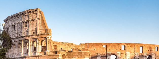 Boka vår populära tur i Vatikanen (inklusive Peterskyrkan) och få en entrébiljett till Colosseum, så att du slipper stå i kö. Säljer ut snabbt, köp i förväg!