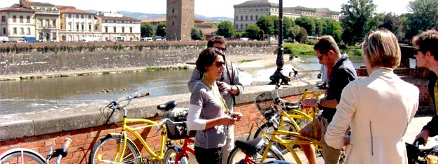 En cykeltur er en sjov og aktiv måde at tage på sightseeing i Firenze. Børn mellem 3-5 år er gratis. Bestil din cykeltur rundt i Firenze i dag.