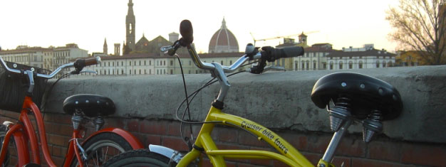 Kom med på en skøn cykeltur rundt i Firenze ved solnedgang, når byen er allermest smuk. Børn er velkomne. Bestil dine tur her!
