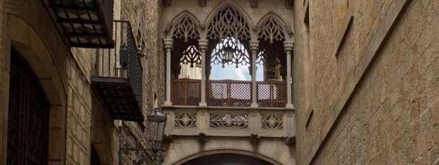 Utforsk Barcelonas gotiske kvarter, byens mest sjarmerende nabolag. Lær om Barcelonas historia fra guiden. Bestill billetter her!