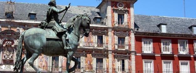 Objevte Madrid z doby, kdy Španělsku vládli Habsburkové a shlédněte vše z Královského paláce v Madridu. Vstupenky na tuto rozsáhlou prohlídku můžete rezervovat zde!