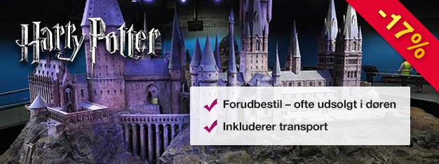Se hvor Harry Potter-filmen blev til på denne bagom-kameraet tur. Kør med Hogwarts Ekspressen! Køb billetter online og spring køen over til billetkontoret!