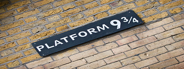 Explore film locations from the Harry Potter movies on this walking tour in London! It's a must for any Harry Potter fan! Book your tickets online!