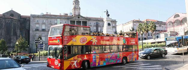 Tutustu Portoon Hop-On Hop-Off -kiertoajelubussien kyydissä! Kaksi bussilinjaa & 43 kätevässä paikassa sijaitsevaa pysäkkiä ympäri kaupunkia! Osta lippusi netistä tänään!
