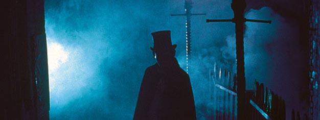 Köp biljetter här och vandra i Jack the Ripper's fotspår. Se platserna där han mördade sina offer. Vem var han egentligen, Jack the Ripper? Biljetter här!