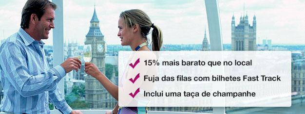 Poupe 15% na compra do seu bilhete com champagne para o London Eye! Entre rapidamente e desfrute de um copo de champagne. Marque online hoje mesmo!