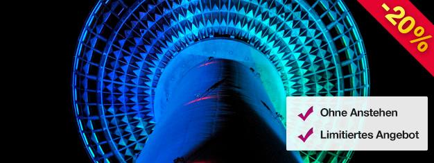 Gelangen Sie ohne Anstehen in den Berliner Fernsehturm bei Nacht! Inkl. ein Glas Sekt in der Bar 203 - Berlins höchst gelegener Bar! Buchen Sie Ihre Tickets online!