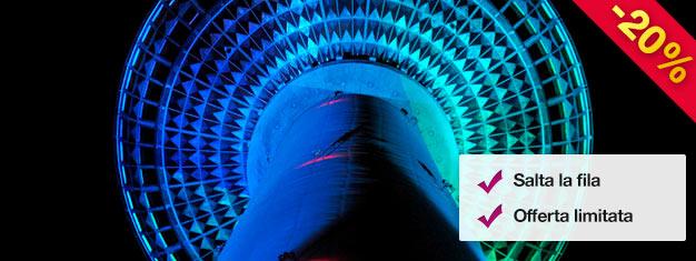 Salta la coda per la Torre della TV di Berlino di sera! Nel biglietto è incluso un bicchiere di vino frizzante al Bar 203, il bar più elevato di Berlino! Prenota i tuoi biglietti online!