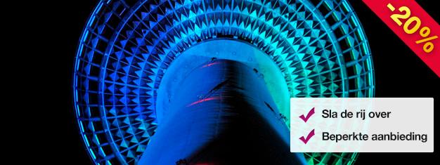 Vermijdt de wachtlijn bij de TV Toren van Berlijn bij nacht! Inclusief een glaasje mousserende wijn bij Bar 203 - Berlijns hoogste bar! Boek uw tickets online!