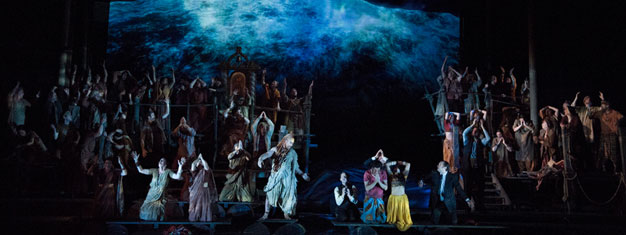 Les Pecheurs de Perles, Bizet's gorgeous opera of lust and longing set in the Far East returns to the Met stage for the first time in 100 years.