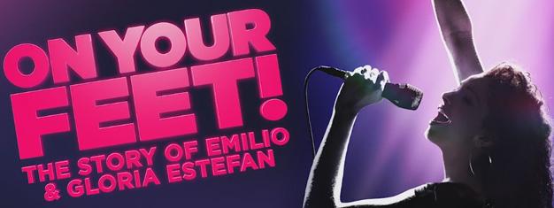 Få historien om Emilio og Gloria Estefan og deres musik i musicalen On Your Feet! The Story about Emilio and Gloria Estefan. Book dine billetter nu!