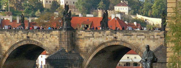 Grand City Tour of Prague is the perfect tour for you who would like to see Prague in less than 3 hours. Book your tickets here!