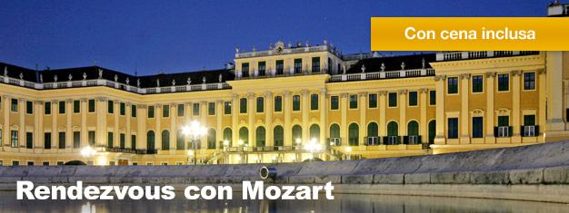 Il Rendezvous con Mozart al PalazzoSchönbrunn comprende una visita al Palazzo, una deliziosa cena ed un concerto di musica classica. Prenota qui i tuoi biglietti!