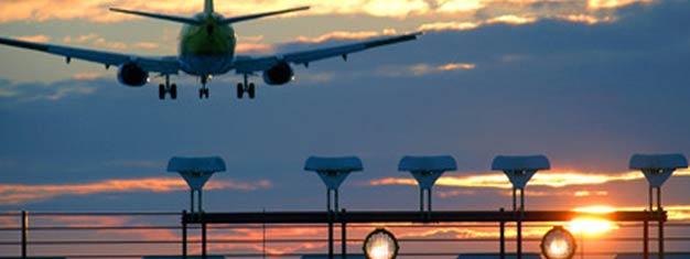 Reserva nuestro traslado de aeropuerto privado desde el Aeropuerto de Ciampino hasta tu hotel en Roma. Recogida las 24 horas. Coche privado. Servicio de puerta a puerta. Reserva tu traslado en línea!