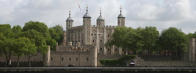 Explore Tower of London, Hampton Court Palace, Kensington Palace & Banqueting House with one of our three money-saving Royal Palaces Passes. Only online!
