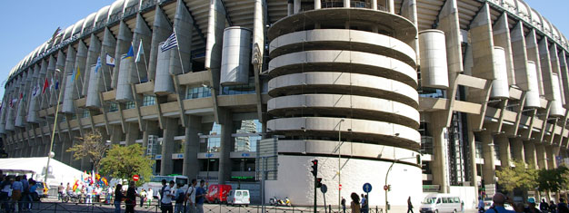 Bernabéu, Real Madrid's Stadium is really impressive with room for more than 80.000 fans. Tickets for Madrid Sightseeing and tour of Bernabéu can be booked here!