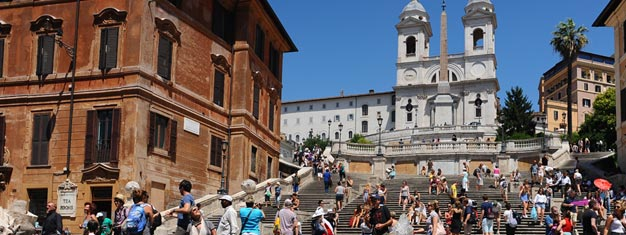 Utforska Roms mest spektakulära torg & piazzor på en 3 timmars guidad rundvandring. Besök Pantheon & Fontana di Trevi. Liten turistgrupp. Boka biljetter här!