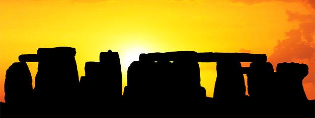 Aproveite nosso super procurado passeio a Stonehenge, Oxford & Castelo de Windsor! Reserve online!