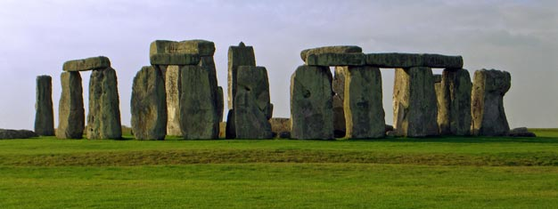 See Salisbury, Stonehenge and Roman Bath on this full day tour outside London. Buy tickets to Salisbury, Stonehenge and Roman Bath when you are in London here!