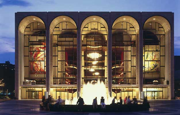 Die Frau ohne Schatten at The Metropolitan Opera House in New York. Tickets for Die Frau ohne Schatten by Richard Strauss at The Met in New York here!