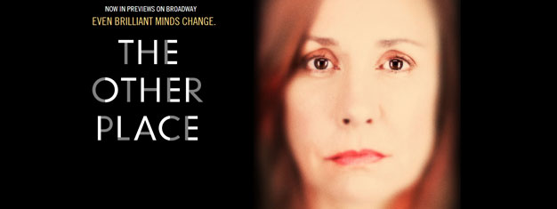 The Other Place på Broadway i New York, med Laurie Metcalf, er en fantastisk thriller. Billetter til The Other Place i New York kan med fordel bestilles her!