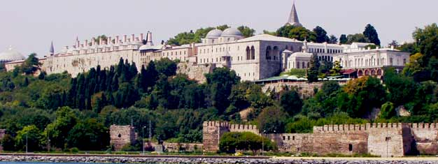 Experience the Ottoman Relic and visit the Topkapı Palace and the Sultan Tombs. Book your tickets here. Free hotel pick-up and drop-off included.