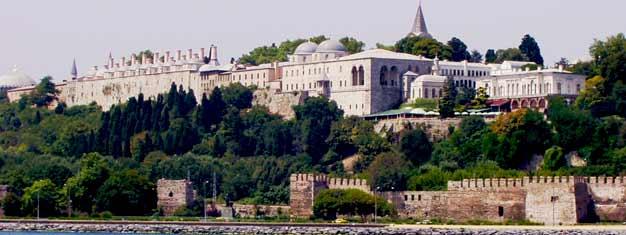 Oplev det Ottomaniske Istanbul og besøg Topkapı-paladset og sultanens gravsted. Book dine billetter her. Gratis transport til/fra dit hotel inkluderet.